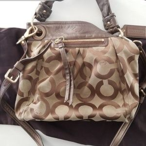 AUTHENTIC Coach Signature Logo Handbag w/duster
